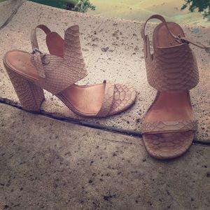 Sigerson Morrison snake  leather heels sz 8.5